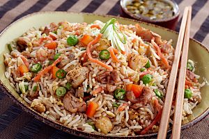 SINGAPORE MIXED FRIED RICE