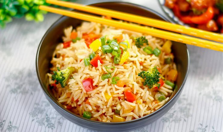 SINGAPORE VEG FRIED RICE