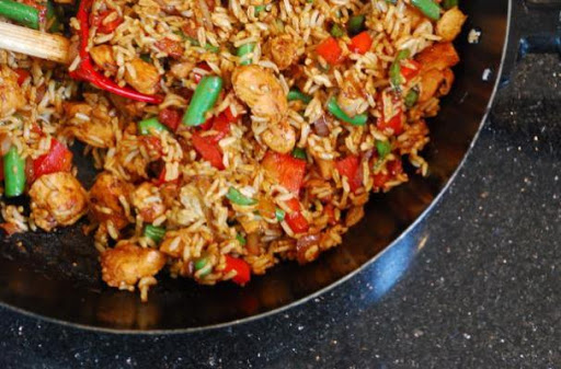SINGAPORE CHICKEN FRIED RICE